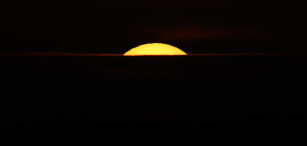 17 D1435.0429 C01 The Setting Sun (filter removed) a